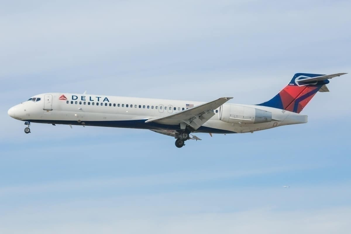 Could Delta Trade In Older Boeing 717s For 100 New 737 MAX Aircraft?