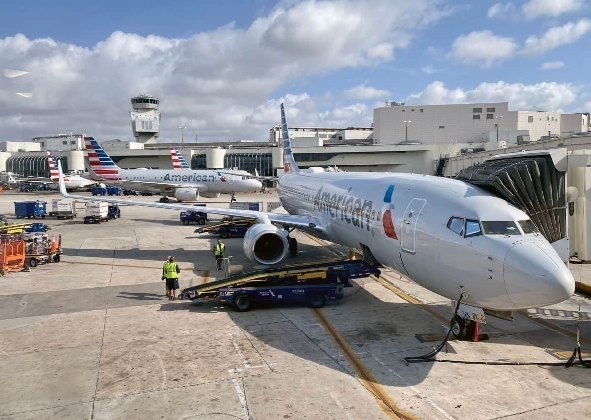American Airlines Doubles Time Passengers Must Be At The Gate