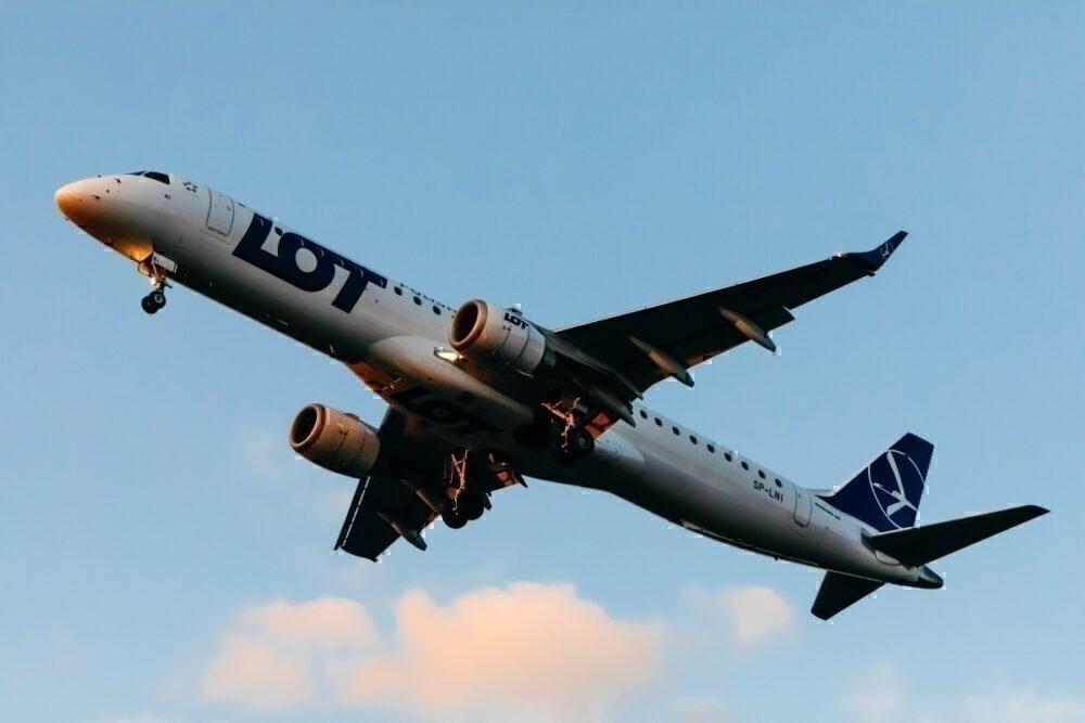 LOT Polish Airlines, PGL Group, Condor Deal