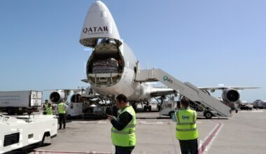 Qatar Airways, Boeing 747, Freight
