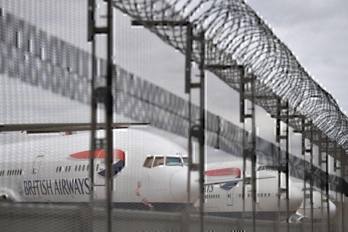 British Airways 777 fence