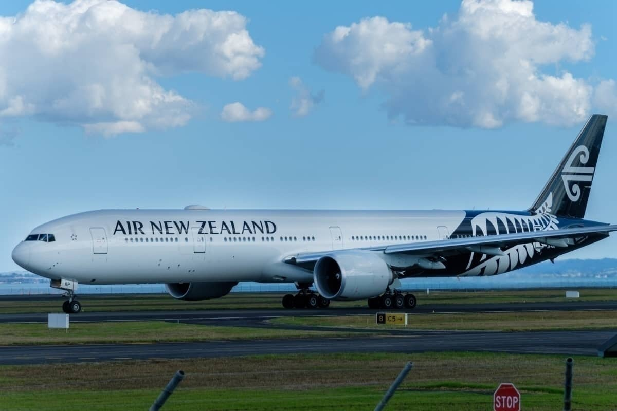 Air New Zealand Passenger Takes Drastic Measures To Contact Airline