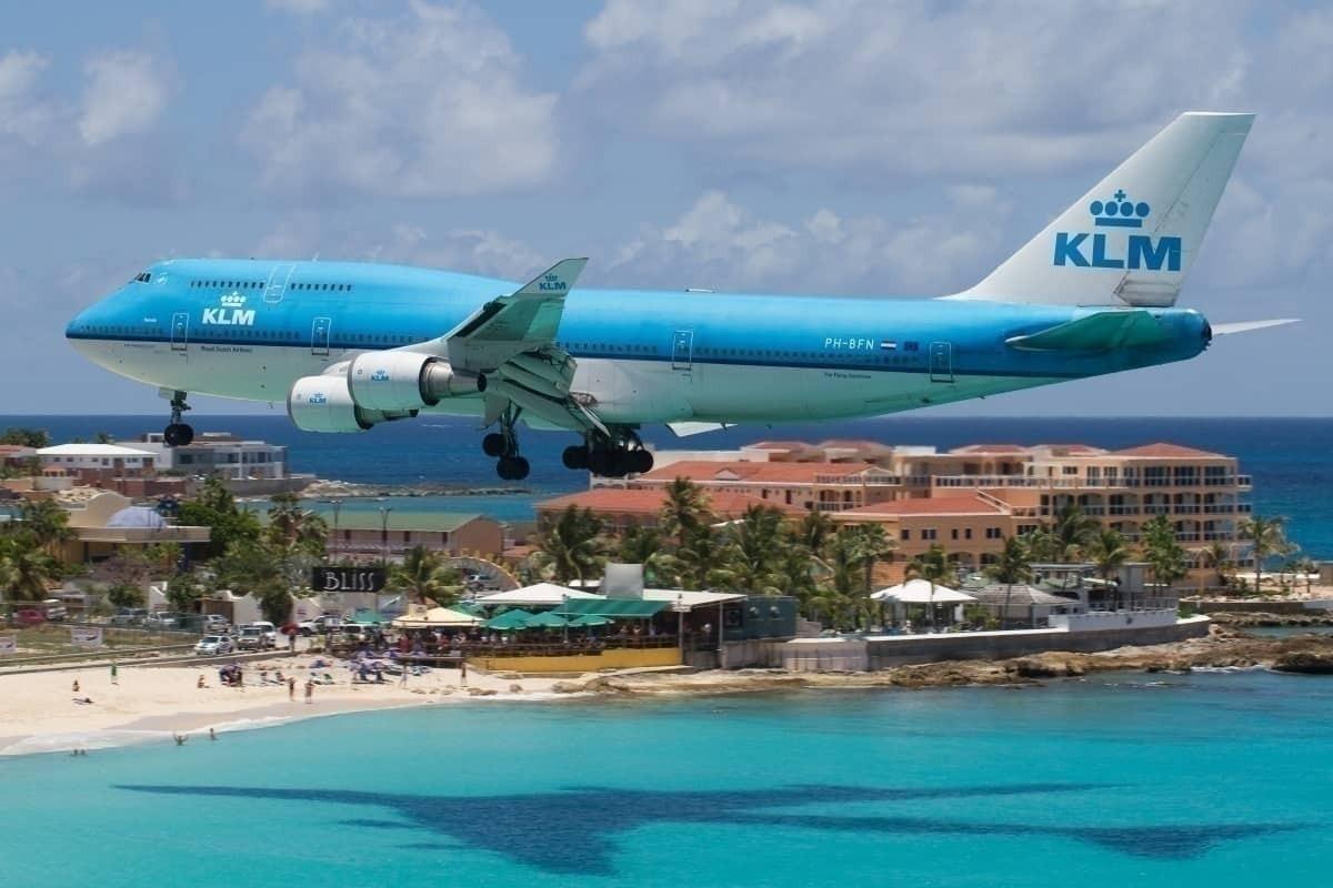 KLM lands at St Marteen