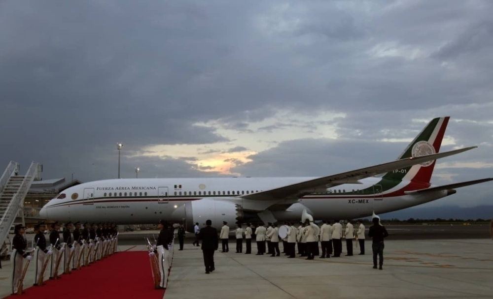 Mexican president plane getty images