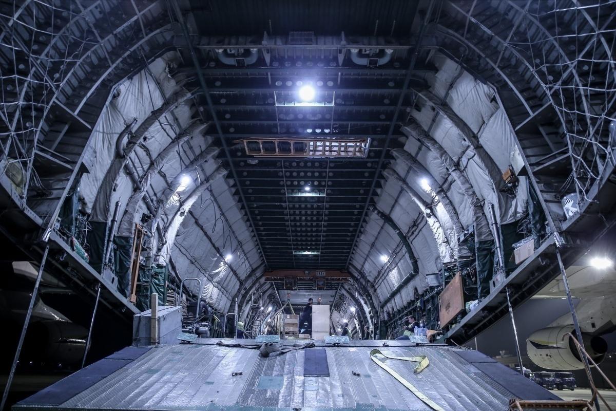 AN-225 interior