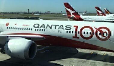 Qantas-1-year-suspension