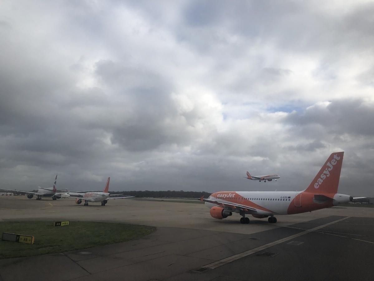 Gatwick Airport easyJet departure queue