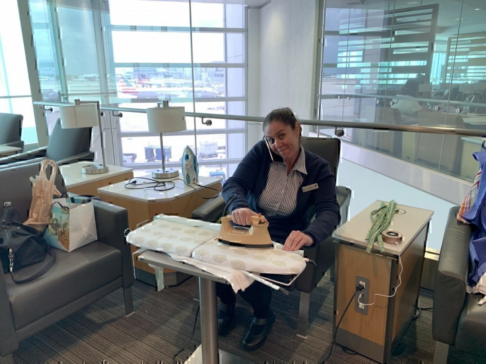 American Airlines Is Using An Admirals Club To Make Face Masks