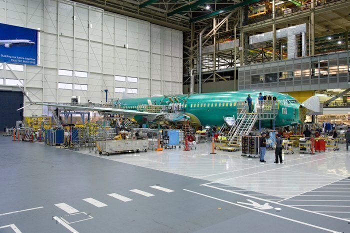 Boeing suspending 787 production at SC plant