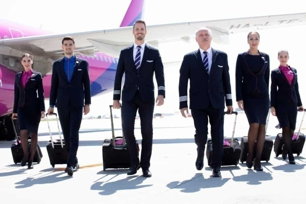 Wizz Air employees pay cut