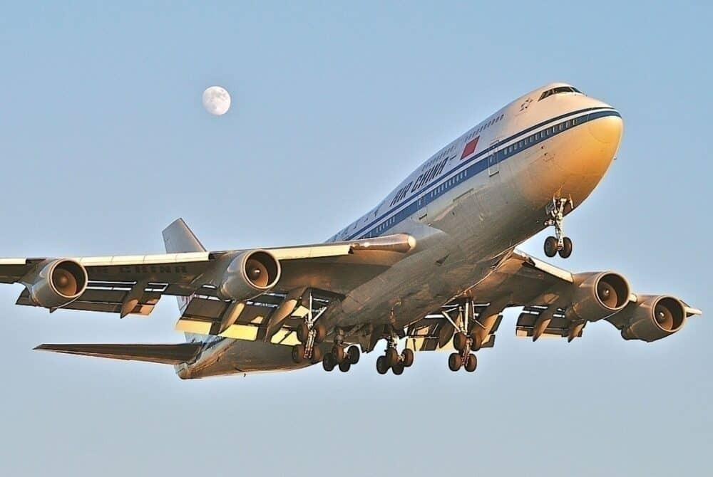 Air-China-747-Madrid