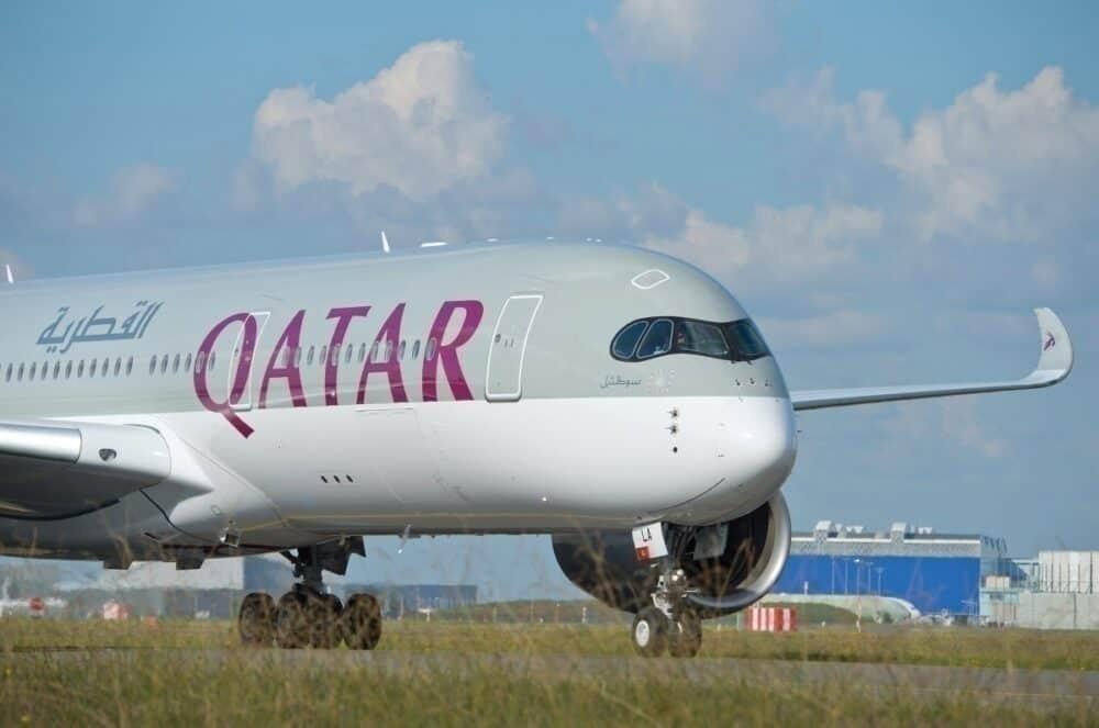 Qatar Airways Collision, Boeing 787, Airbus A350