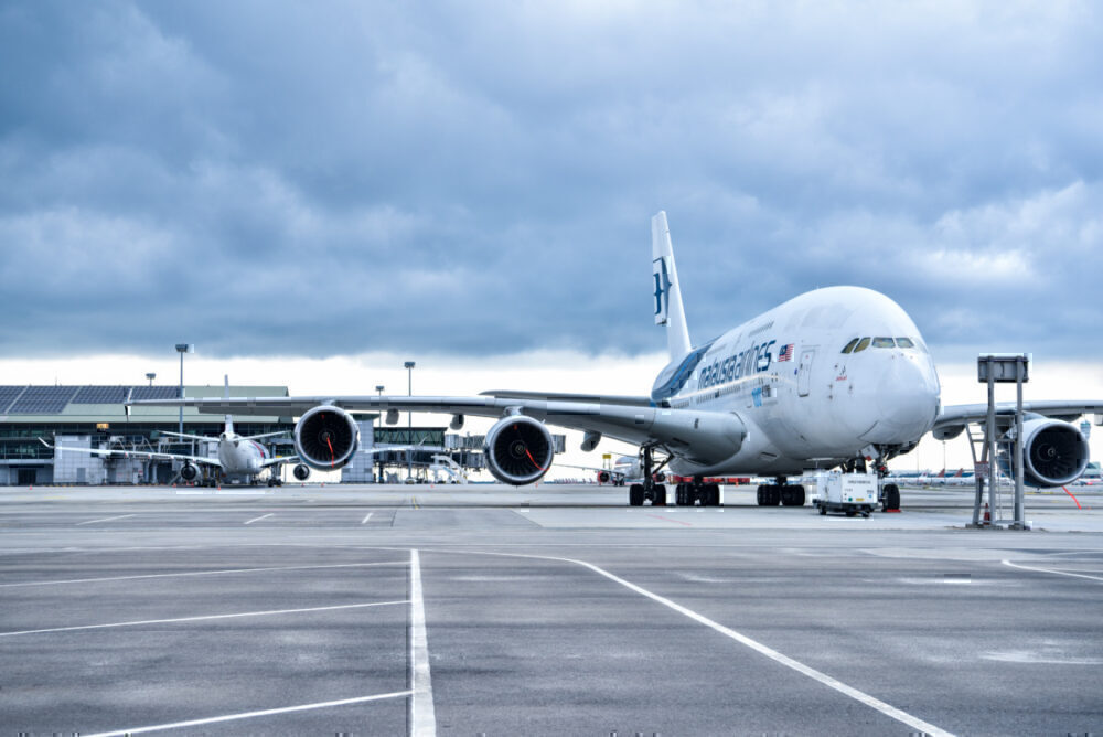 malaysia-airlines-a380-cargo-main-deck