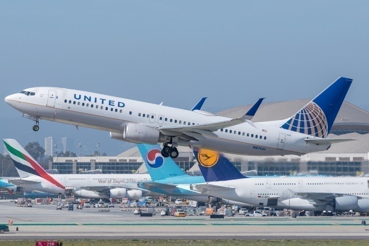 BriYYZ United Airlines Boeing 737-800 N87531