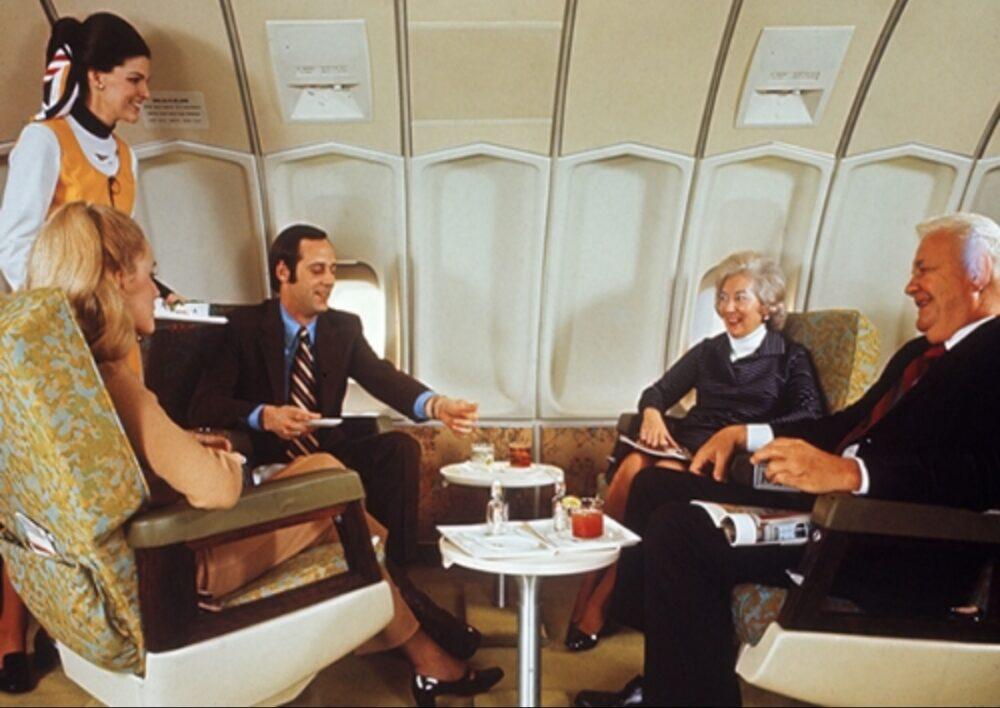 Delta Air Lines 747 Penthouse