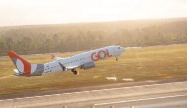Avión GOL 4