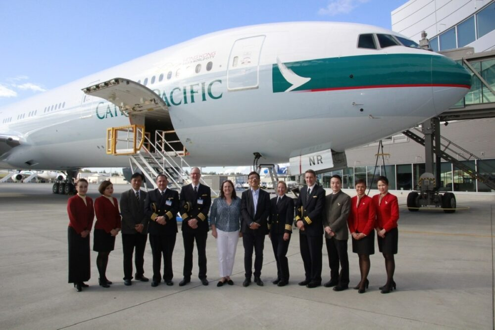 Cathay Boeing 777-300 70th delivery
