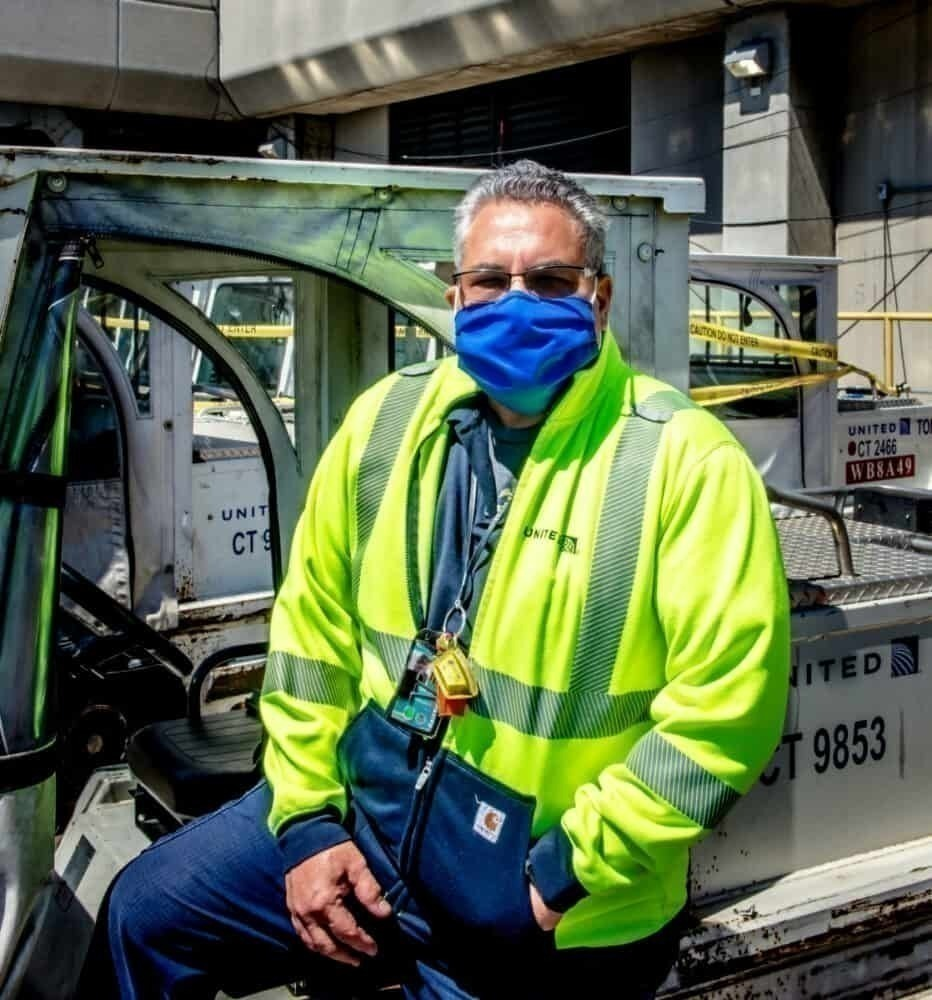 United Airlines face mask, male employee