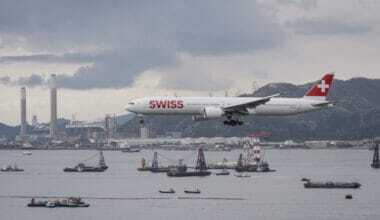 SWISS converts an additional 777 for cargo