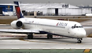 Delta Air Lines, MD-90, MD-88