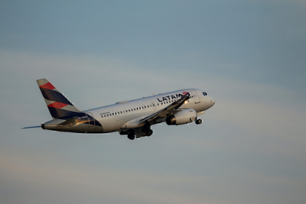 LATAM A319 Getty