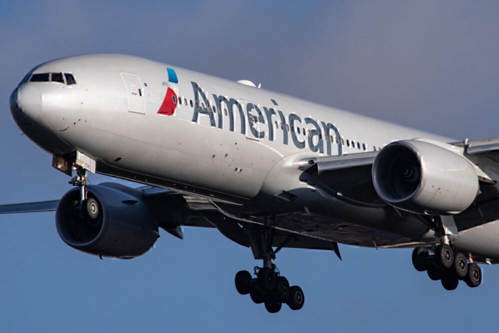 American Airlines 777-200