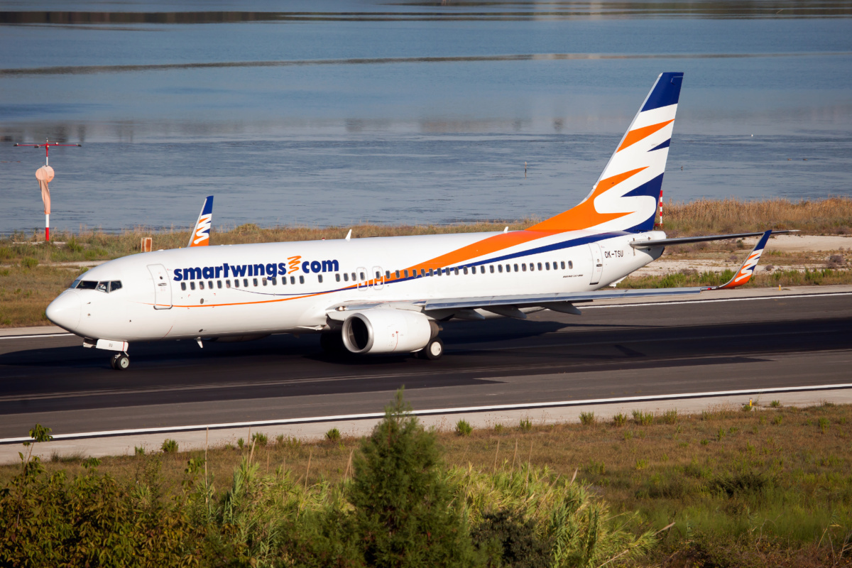 SmartWings Boeing 737-800 taxiing at Corfu airport