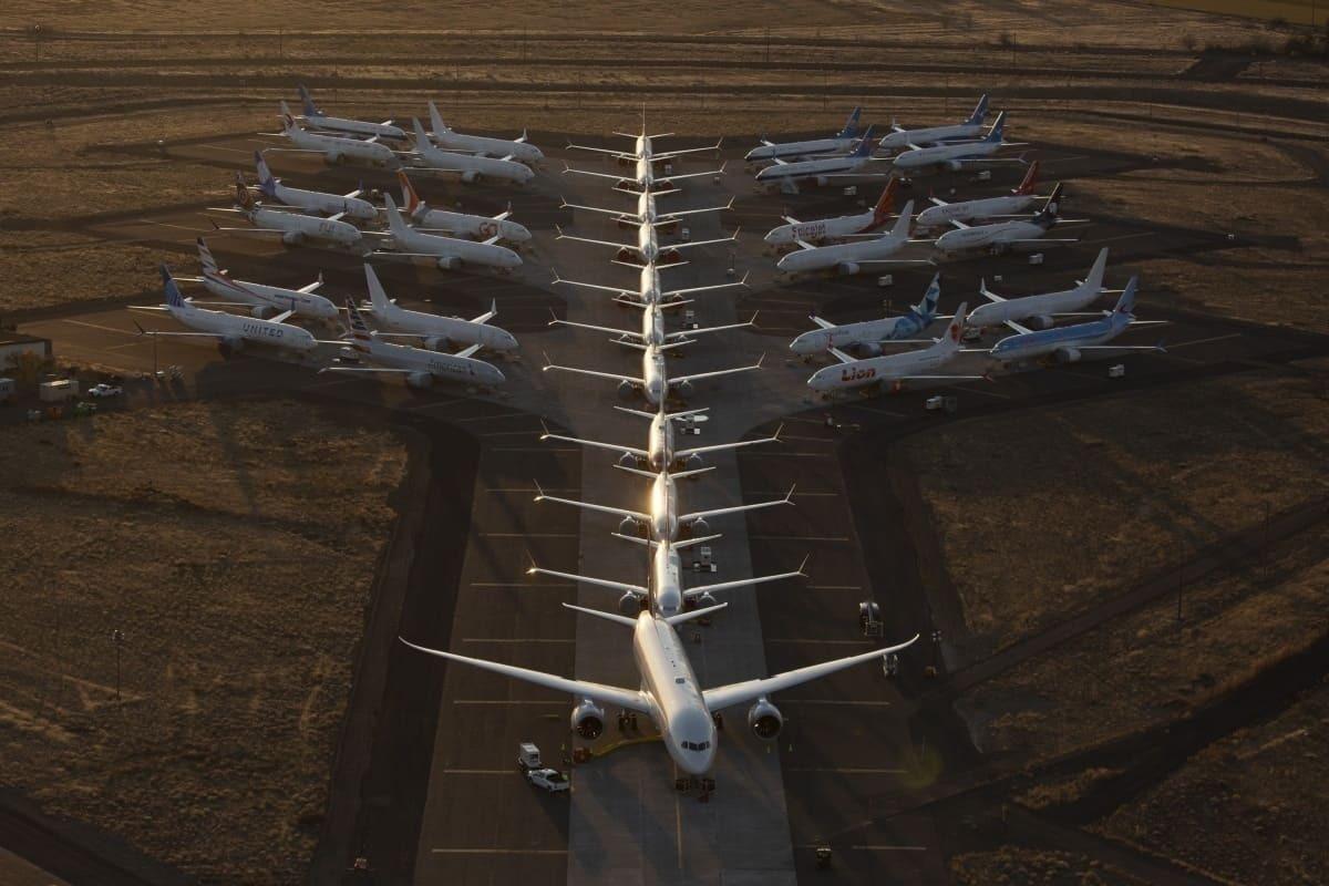 737 787 storage moses