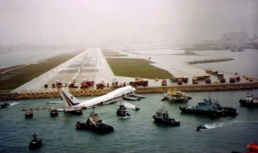 Kai Tak crash