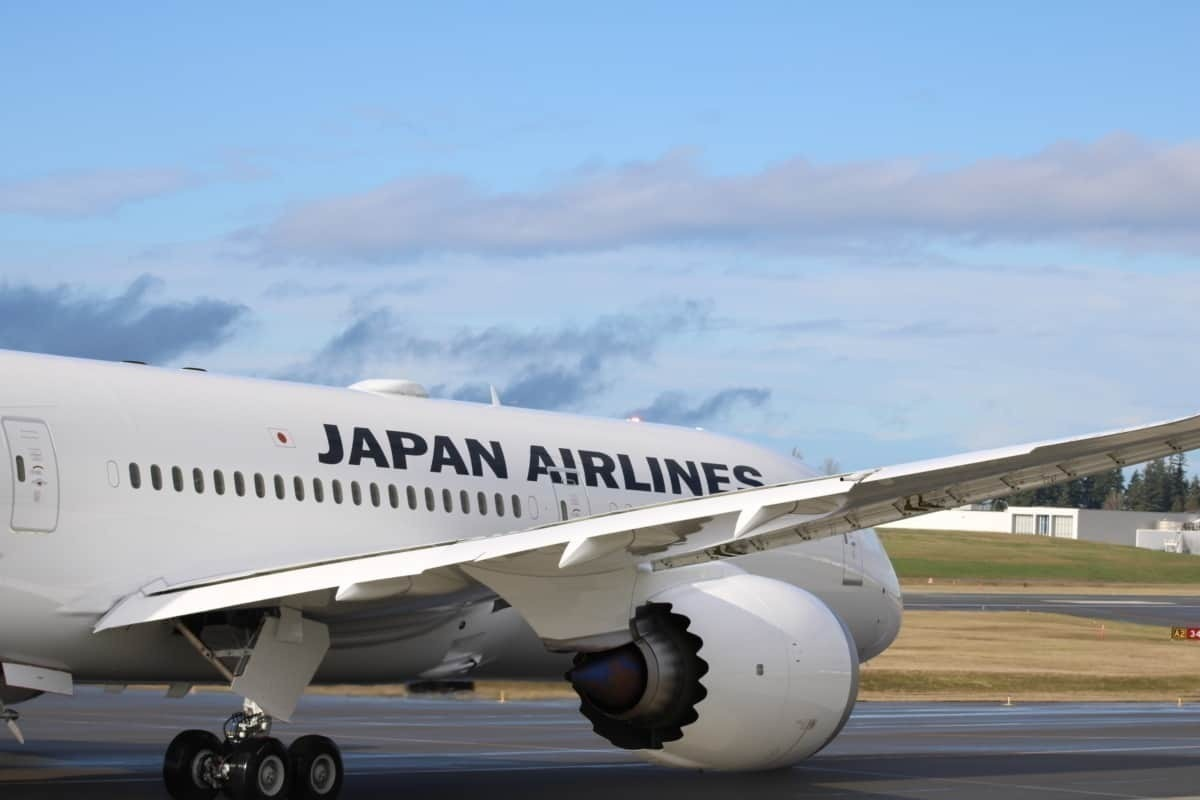 JAL 787