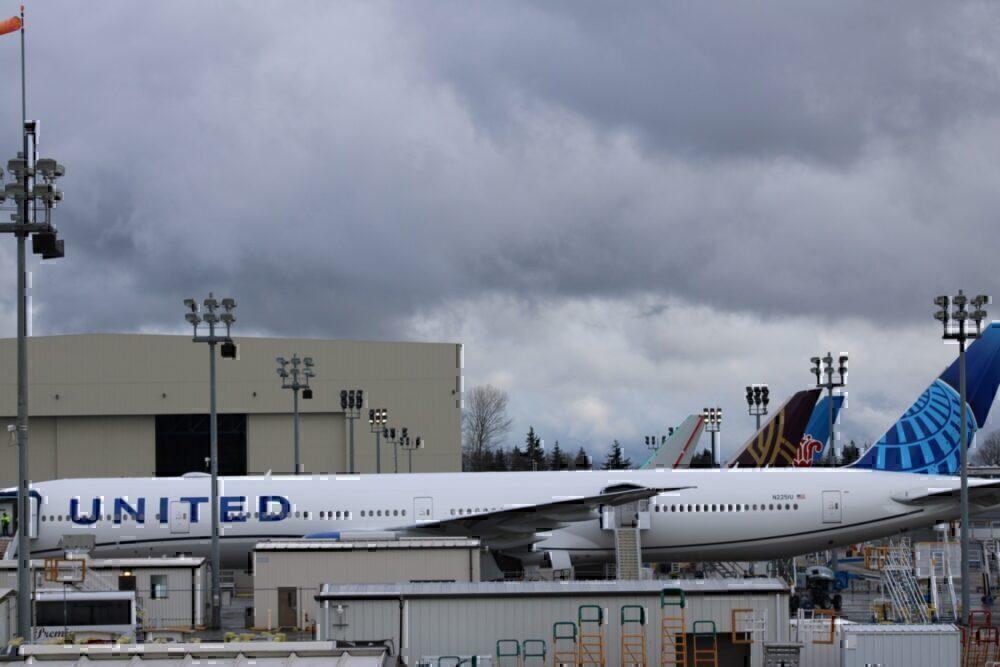 United 777W