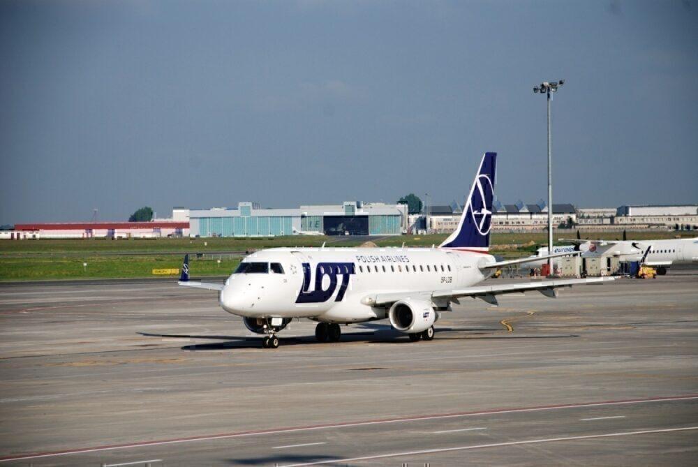 LOT Polish Airlines, Social Distancing, Blocked Seats