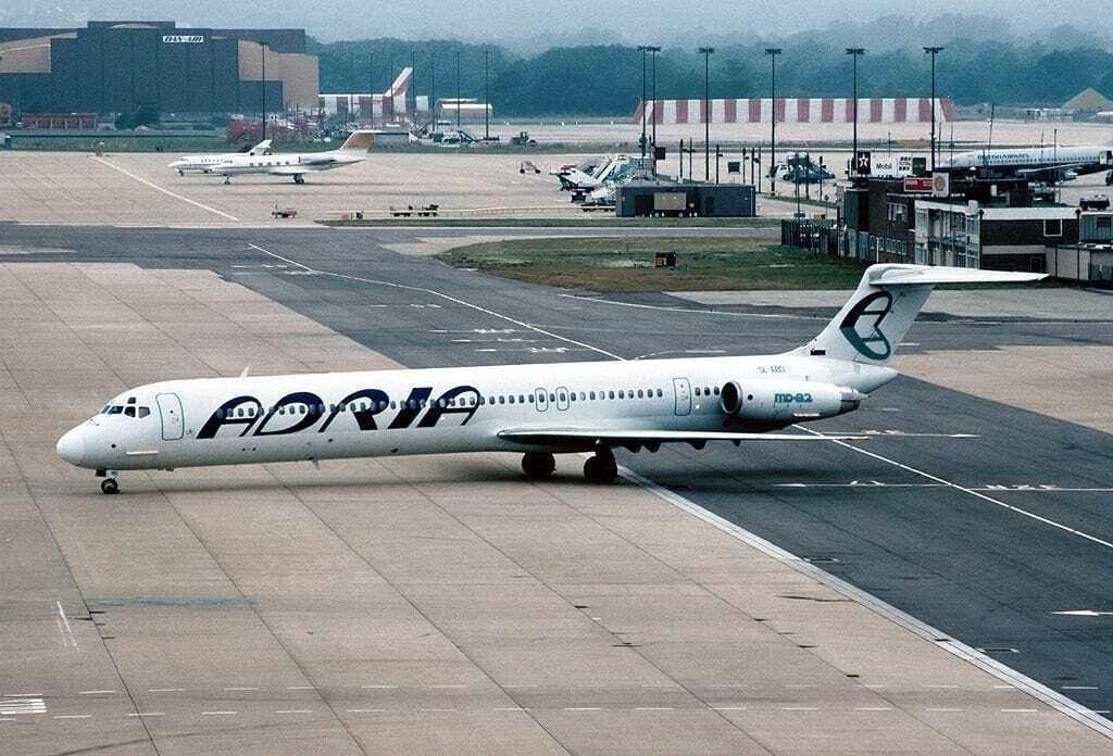 Adria Airways MD-82 London Gatwick Ljubljana Slovenia