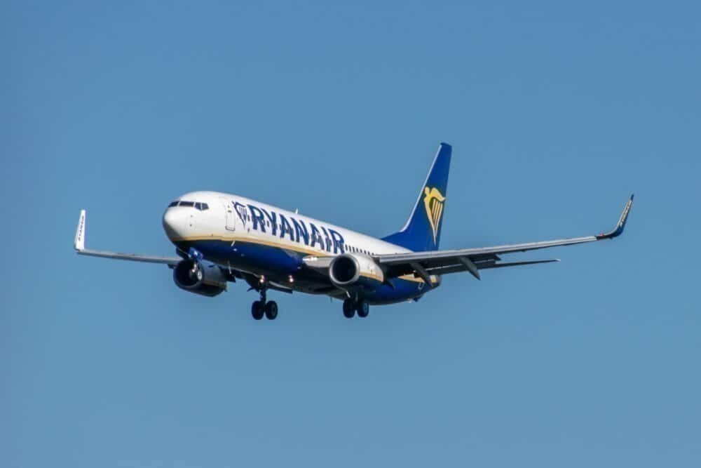 Ryanair-british-pilot-redundancies