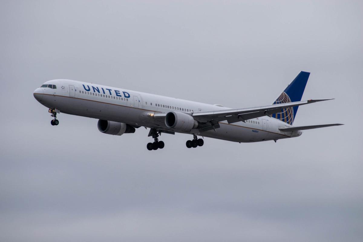 United 767