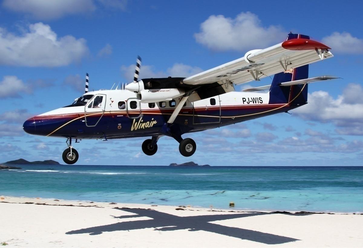 WinAir_De_Havilland_Canada_DHC-6-300_Twin_Otter