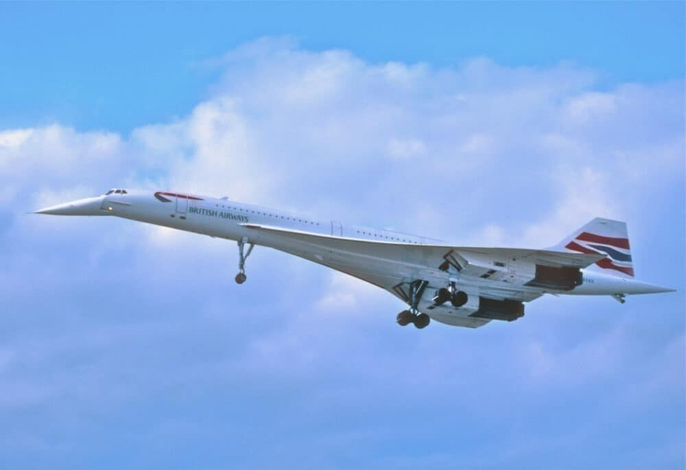 Nose on Concorde is lowered