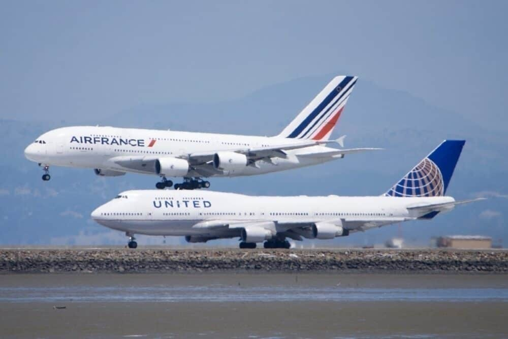 Air France A380 and United 747