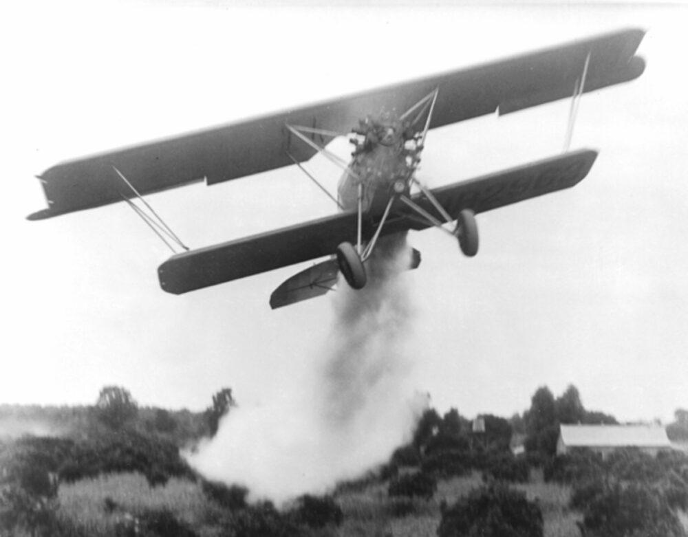 Huff Daland Dusters Plane
