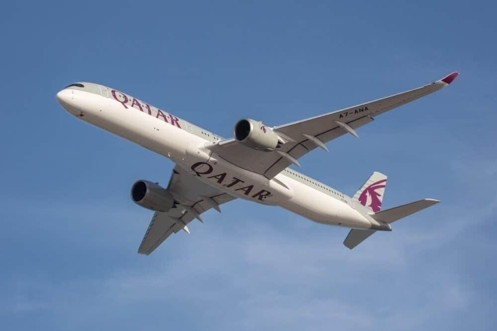 Qatar Airways, Largest Carrier, 15000 Flights