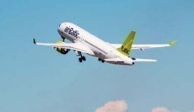 airBaltic Airbus A220