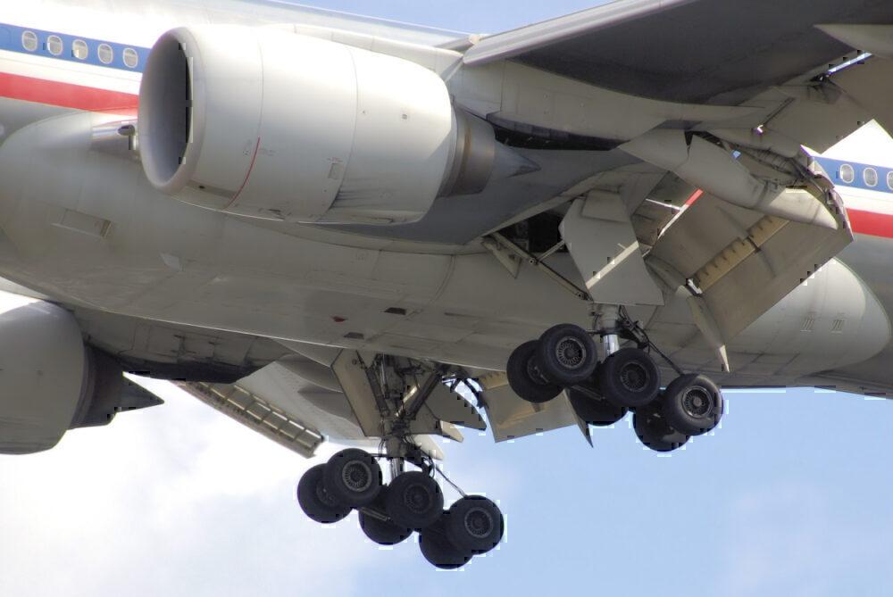 777-200 landing gear