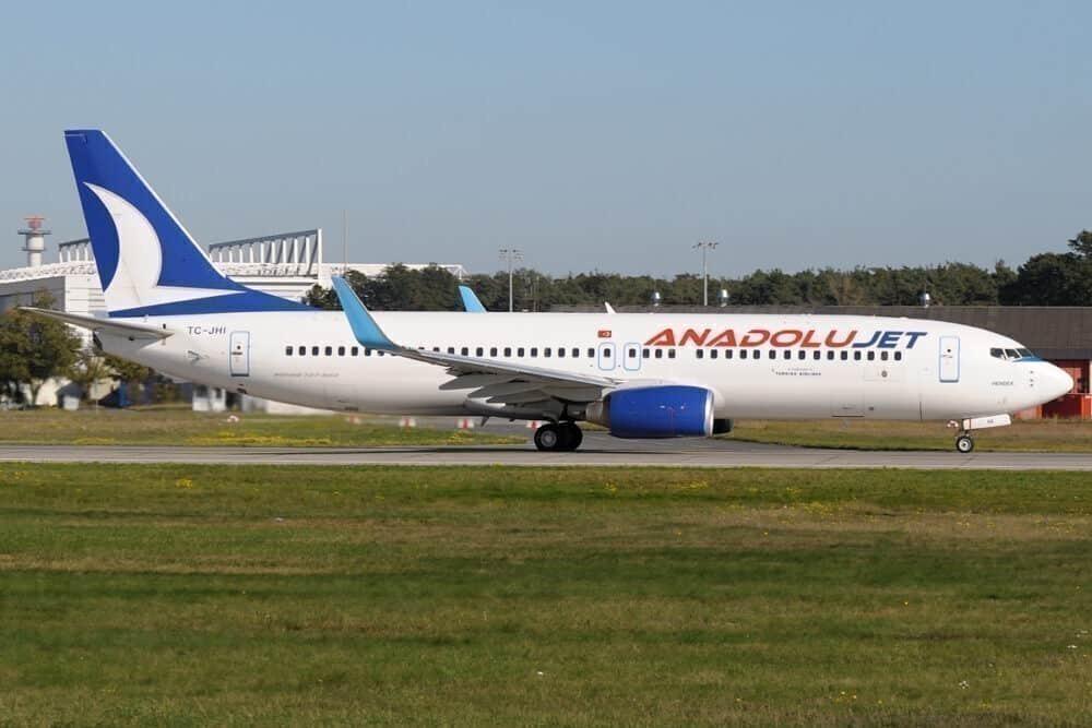 AnadoluJet resumes Turkish Airlines international flights