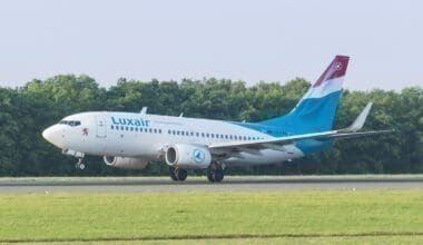 luxair-boeing-737-700