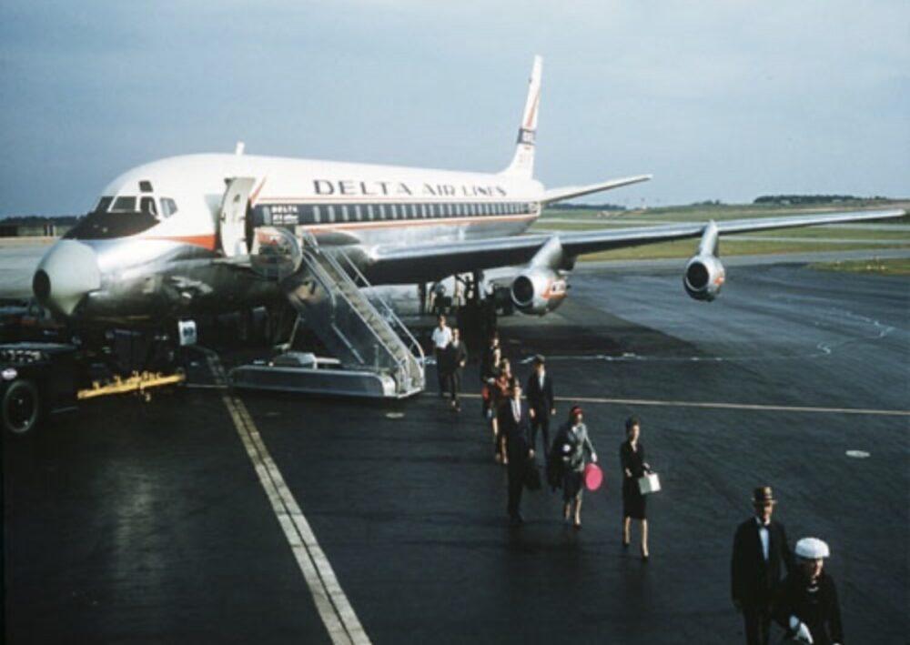 DC-8 Delta