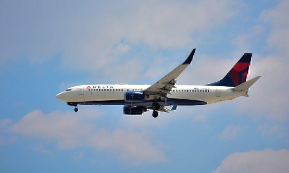 737 Delta