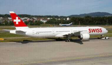 SWISS video CARRY-freighter 777