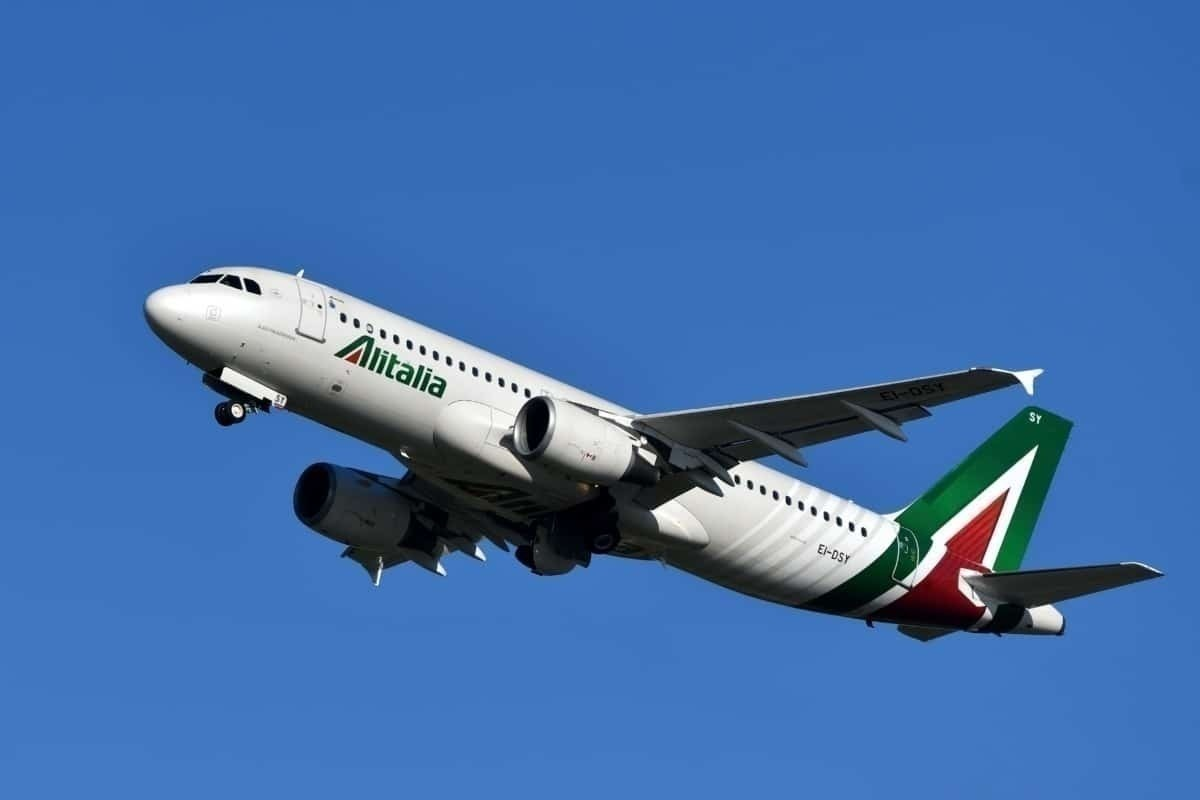 Alitalia A320 in flight
