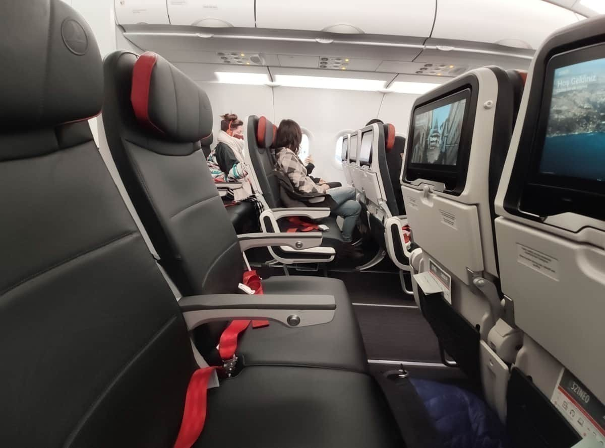 Empty seats on Air Canada flight