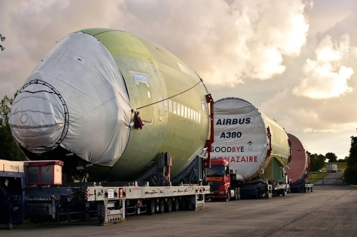A380 Goodbye through France